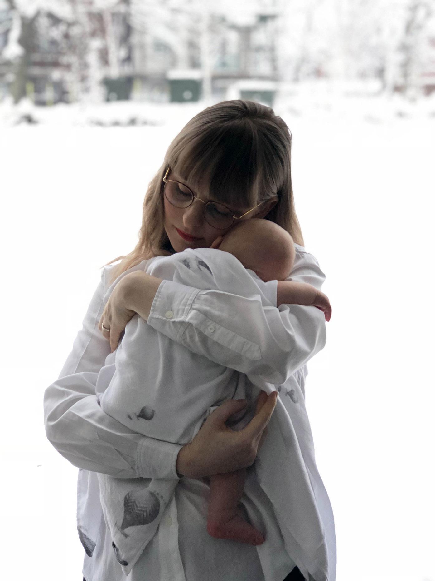 motherhood by fashion art media