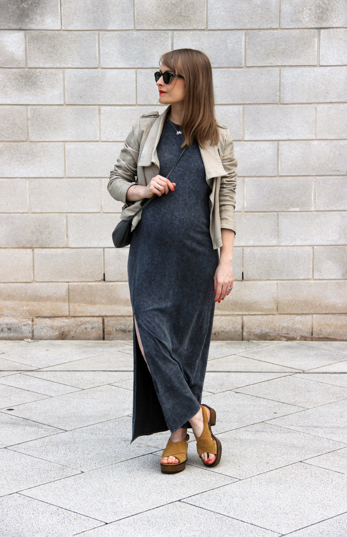 pregnant life pregnancy by Fashion Art Media