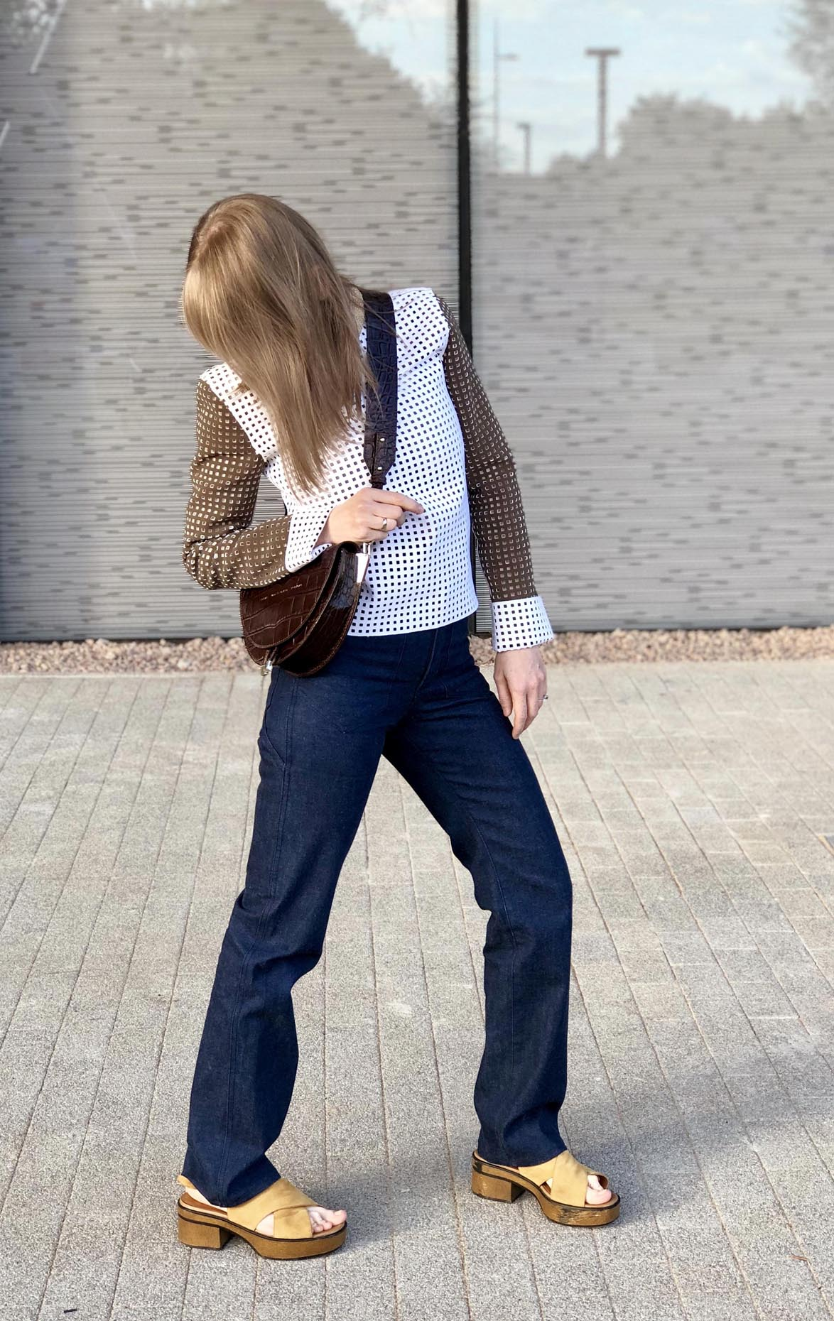 flared acne jeans, jw anderson top, saddle bag zofia chylak, vagabond shoes by fashion art media